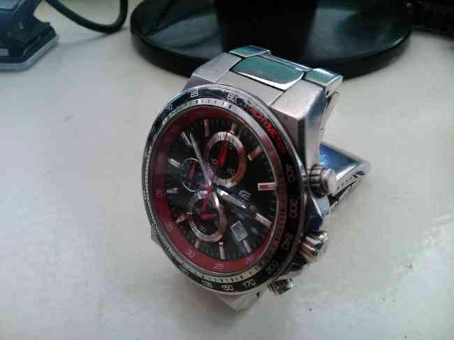 Reloj Casio Edifice Tipo buceo
