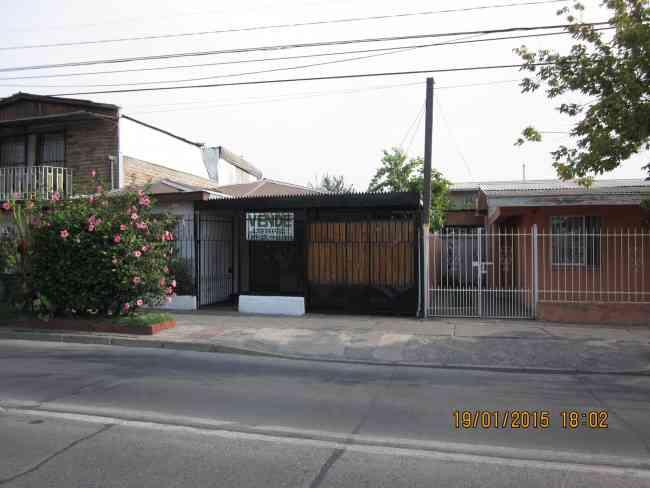 Casa aislada 3 dorm $37.000.000 e/auto patio Lo Martinez