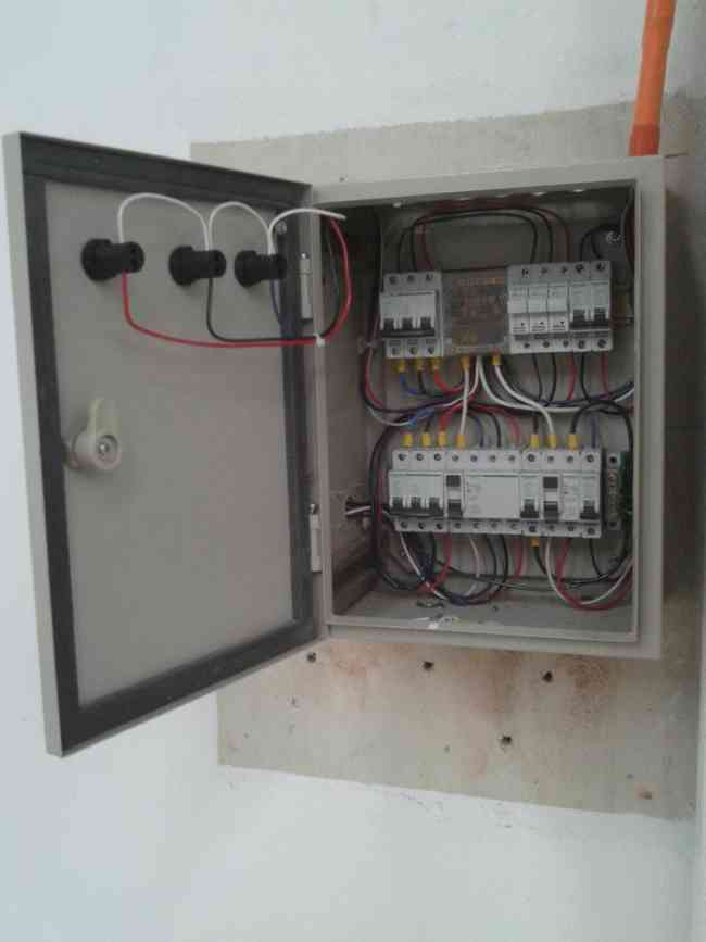 Tecnico Electrico SEC 9-91060582