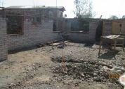 Linda casa semiconstruida material solido