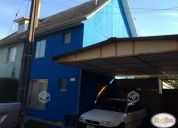 Se vende linda casa en céntrico sector de la ciudad.