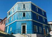 Vendo casona antigua 3 pisos,3 casas en una. 12 piezas 4 baños