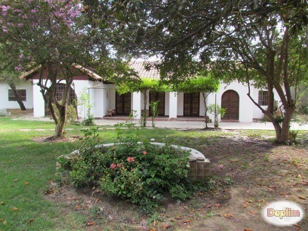 Linda Casona colonial en zona rural a 20 km al norte