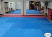 Sala con piso de goma (tatami) para yoga, karate y otros,consultar!