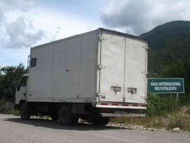 Transporte camión 25 metros cúbicos cerrado Valparaiso Santiago Idas y retornos