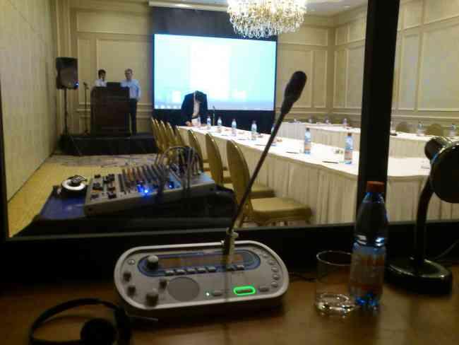 Eventos empresas congresos seminarios traduccion sonido cena show