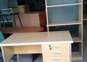 Vendo escritorio de 3 cajones