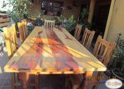 Vendo mesa de comedor con 08 sillas en diferentes maderas
