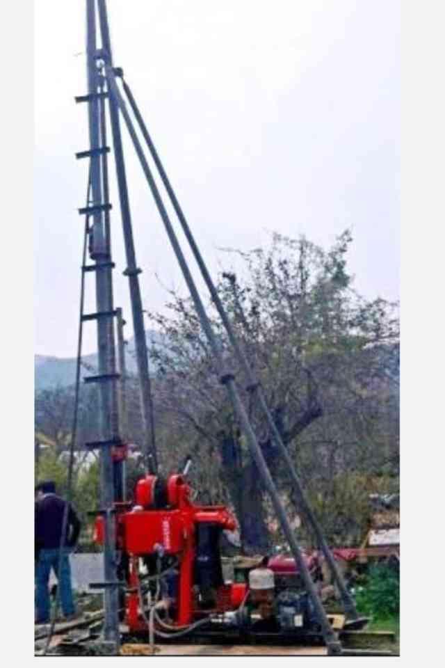 Maquina Perforadora De Pozos De Agua 200 Mts Con Camion 3/4