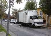 Transporte y personal para descargar contenedor a camión mas pequeño a domicilio