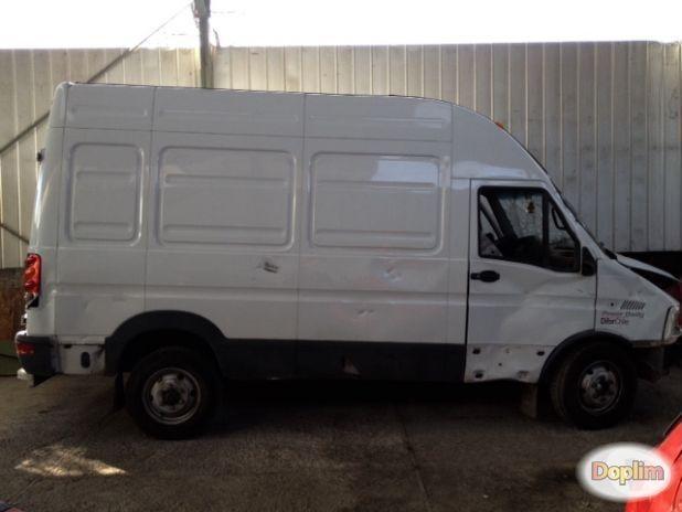 Vendo furgon iveco power daily 2014.