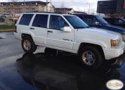 Excelente jeep grand cherokee 5.2