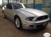 Excelente ford mustang 2013