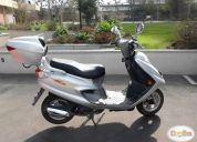vendo excelente moto scooter euromot 125 año 2007