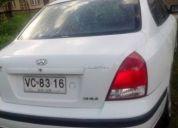 Excelente auto hyunday elantra año 2002