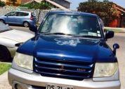 Excelente jeep mitsubishi pajero io año 2001