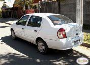 Vendo excelente auto nissan platina 2010