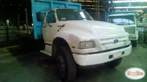 Vendo Excelente camión ford 14000, motor 610.