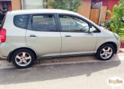 Vendo excelente honda fit 2004