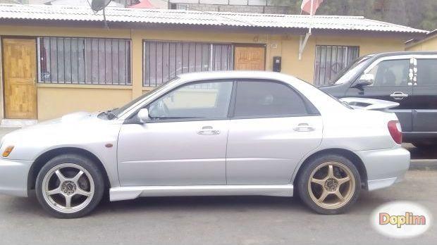 Excelente Subaru impreza wrx