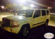Se vende jeep commander año 2008