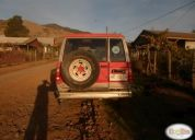 Vendo jeep trooper aÑo 82