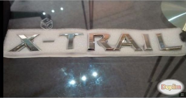 Insignia emblema nissan x-trail,Contactarse!