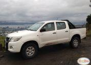 Vendo excelente camioneta toyota hilux 2012