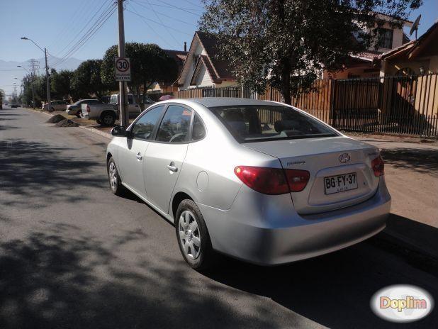 Excelente Hyundai elantra 2008