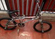 Se vende impecable bicicleta tipo cross