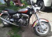 Vendo moto marca loncin 2008 detalles esteticos  andando