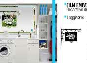 Decoracion con film vintage en cristales en laundry room y salas de servicio