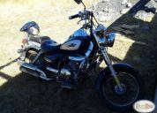Excelente moto renegade año 2008.