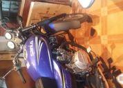 Vendo excelente moto nueva...