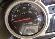 Vendo excelente moto.
