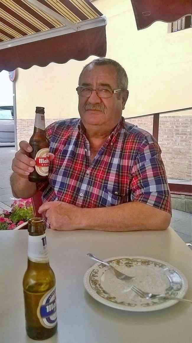 BUSCO MADURO VIUDO DE VERANO (similar a los d las fotos)  de 55 y 75 años