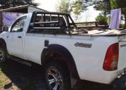 Excelente camioneta toyota hilux 4x4