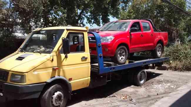 GRUA EN PROVIDENCIA Y ÑUÑOA PARA AUTOS Y MOTOS 992 559944