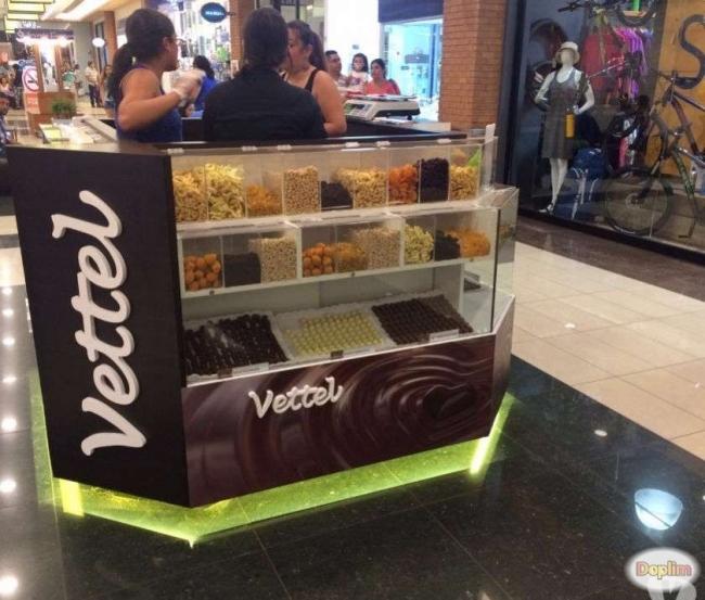 se vende modulo de chocolates y frutos secos funcionando,Contactarse.