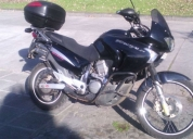 Excelente moto honda transalp 650 año 2007