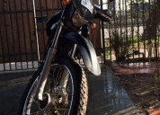Se vende excelente moto kinlon