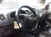 Excelente toyota hilux 4x4 año 2013