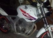 Excelente moto honda 250 cc
