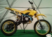 Motocicleta enduro 125cc amarilla,contactarse.