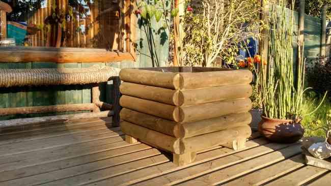 Macetas jardineras de madera impregnada las condes - Maceteros madera exterior ...
