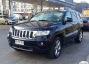 Vendo jeep grand cherokee overland.