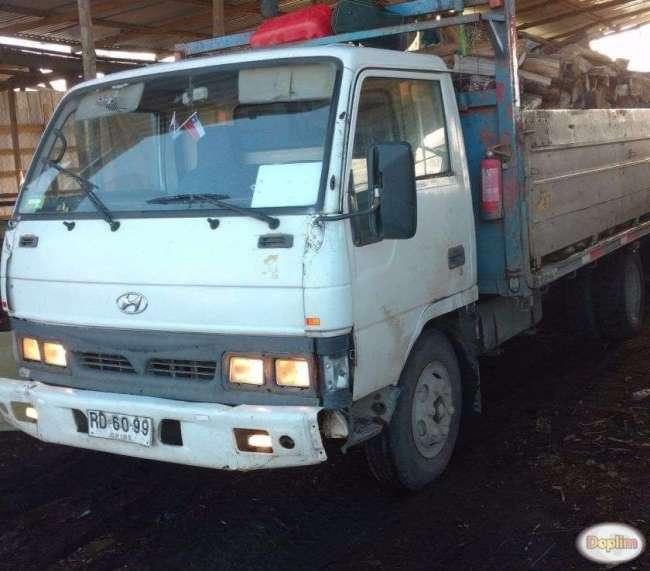 Vendo Excelente camión Hyundai migthy año 97
