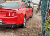 Excelente ford mustang. 2012
