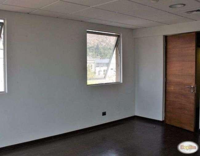 Vendemos Oficina en Edificio