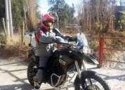 Vendo moto bmw casi nueva, contactarse.